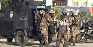DEAŞ'lı infazcı babanın diğer oğlu ve karısı da yakalandı