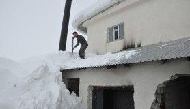 Çatıdaki karı temizlerken ölümden dönen Özgenç, o anları anlattı