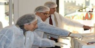 Denizli'de unlu mamuller üretimi yapan işletmelere yönelik denetim