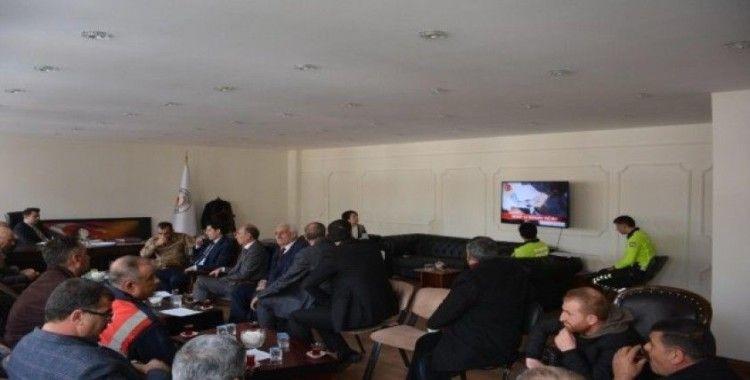 Bulanık'ta 'otobüs ve minibüs kazalarının önlenmesine yönelik toplantı' yapıldı