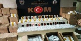 İş yerine gizlenmiş 4 bin 48 kaçak cep telefonu aksesuarı bulundu