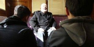 Gözleri görmeyen Mahmut hoca onlarca hafız yetiştirdi