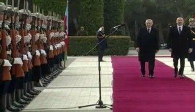 Cumhurbaşkanı Erdoğan Azerbaycan'da resmi törenle karşılandı