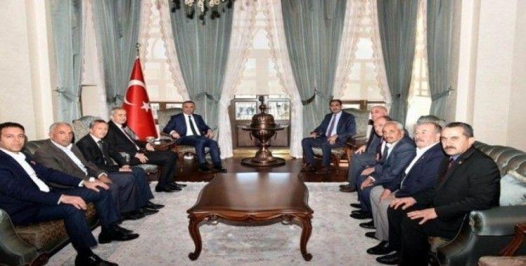 İl Genel Meclisi üyelerinden Vali Soytürk'e taziye ziyareti
