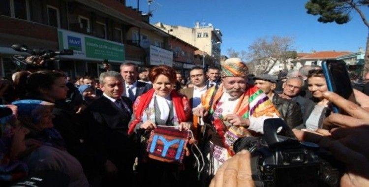 İYİ Parti Genel Başkanı Akşener Balıkesir'de