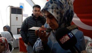 HDP binası önündeki anneler Cumhurbaşkanı Recep Tayyip Erdoğan'ın doğum gününü kutladı