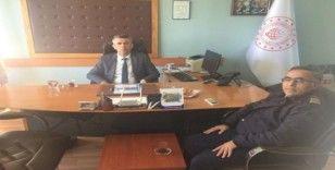 """Kaymakam Sırmalı'dan Liman Başkanı Uykur'a """"hayırlı olsun"""" ziyareti"""