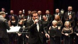 Zekai Tunca 50'inci sanat yılını Bilecik'te kutladı