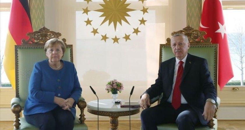 Cumhurbaşkanı Erdoğan ile Almanya Başbakanı Merkel görüştü