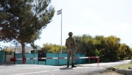 Kıbrıs'ta Rumlar sınır kapılarının açılmasına karşı