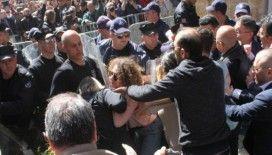 Lokmacı'da BM askeri ile eylemciler arasında gerginlik