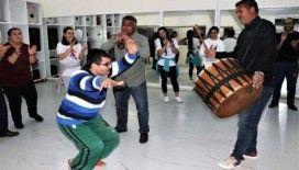 Mersin'de özel bireyler için halk oyunları kursu başladı
