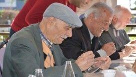 Yaşlılar yaşam evindeki aktivitelerle hayata tutunuyor