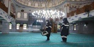 Mersin'deki ibadethanelere 'koronavirüs' önlemi