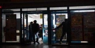 İzmir'de marketler zincirinde silahlı soygun