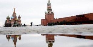 Rusya koronavirüs salgını nedeniyle sınırlarını yabancı ülke vatandaşlarına 1 Mayıs'a kadar kapattı
