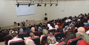 Atatürk Üniversitesi'nde Suriye, Libya ve Ortadoğu konuşuldu