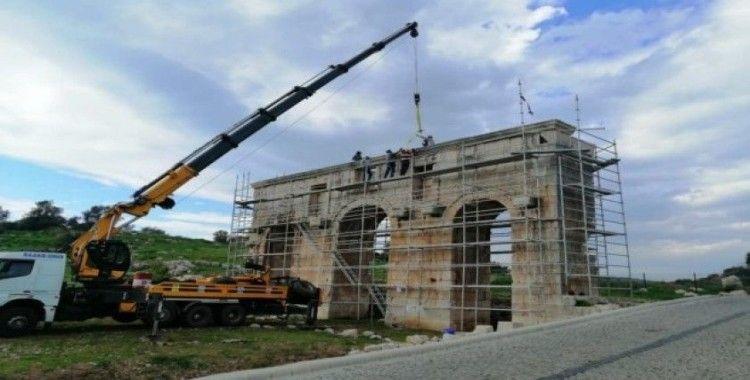 Patara'da Kent Kapısı restore ediliyor
