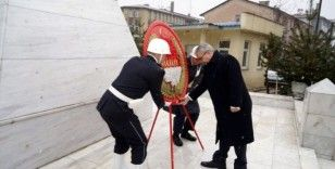 Muş'ta 18 Mart Şehitleri Anma Günü ve Çanakkale Zaferi'nin 105. yılı