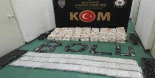 Bolu'da, 4 bin 515 adet kaçak cep telefon aparatı yakalandı