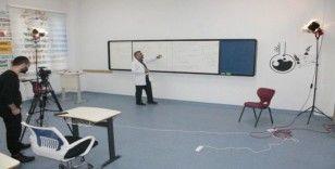 Diyarbakır'da özel okul uzaktan eğitime başladı