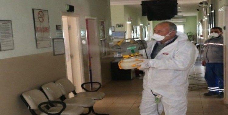 Turgutlu Belediyesi aile sağlığı merkezlerini dezenfekte etti