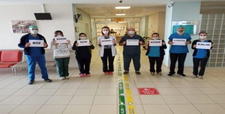 """Sağlıkçılardan vatandaşlara """"Lütfen evde kal"""" mesajı"""
