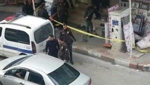 İzmir'de iş yeri önünde işlenen cinayetle ilgili 2 tutuklama