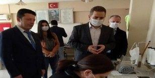 Ceyhan HEM'de günlük bin adet maske üretilmeye başlandı