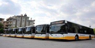 Karaman'da sağlık çalışanları belediye otobüslerine ücretsiz binecek