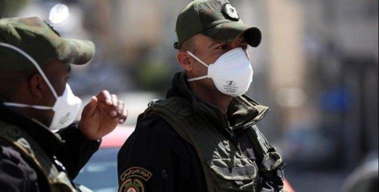 Batı Şeria'da koronavirüs nedeniyle sokağa çıkma yasağı ilan edildi