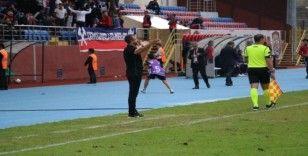 """Zonguldak Kömürspor Teknik Direktörü Serkan Afacan: """"Oyuncularımız sağlıkları için evde kalsınlar"""""""