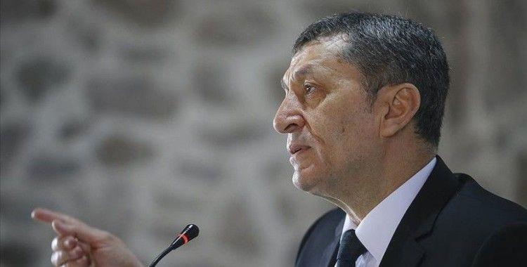 Milli Eğitim Bakanı Ziya Selçuk: 'Etkinlik saati görüntülerini onaylamıyorum'
