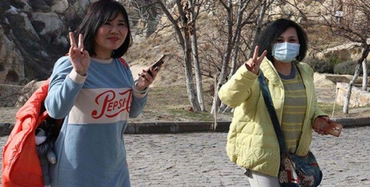 Türkiye'ye gelen turist sayısı şubatta yükseldi, Çinli turist ise yüzde 82 düştü
