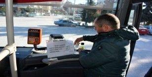Toplu taşıma araçlarına el dezenfektanı konuldu