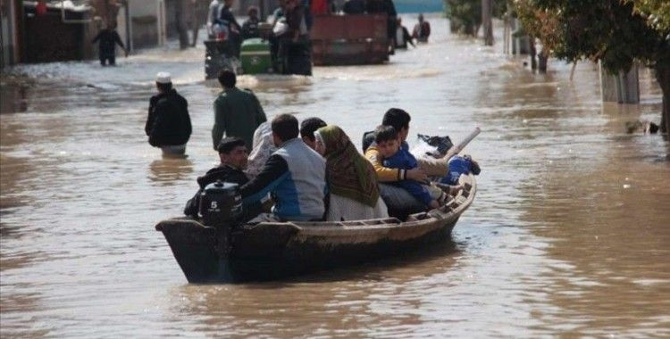 İran'daki sel felaketinde ölü sayısı 11'e yükseldi