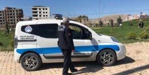 Kızıltepe polisi vatandaşları Türkçe ve Kürtçe uyarıyor