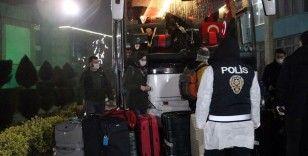 Yurt dışından gelen 226 kişi Sakarya'da öğrenci yurduna yerleştirildi
