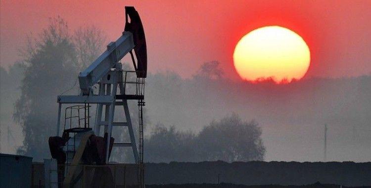 Brent petrolün varili 27,84 dolar