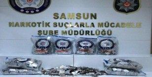 Samsun'da 30 bin 450 adet uyuşturucu özellikli hap ele geçirildi