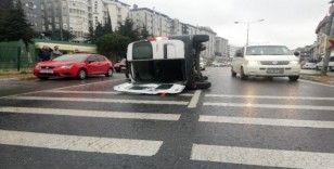 (Özel) Park halindeki otomobillere çarpan araç takla attı