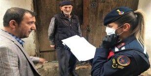 Jandarma 65 yaş ve üzeri vatandaşlar için seferber
