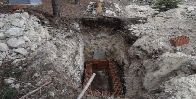 Korona virüsünden ölen Dilek Tahtalı toprağa verildi