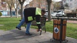 Altındağ'da parklardaki banklar kaldırıldı