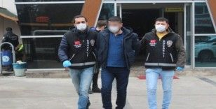 Tartıştıkları vatandaşın iş yerini kurşunlayan kuzenler yakalandı