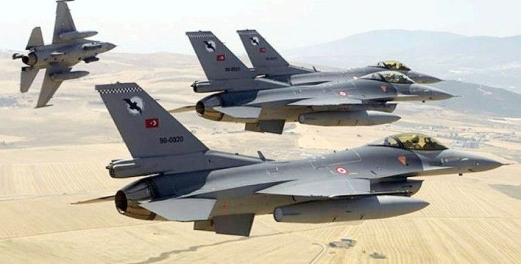 MSB: Irak'ın kuzeyindeki Metina bölgesinde 8 PKK'lı terörist etkisiz hale getirildi