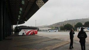 Kocaeli Şehirlerarası Otobüs Terminali boş kaldı