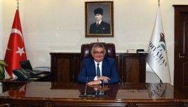 Vali Aykut Pekmez 1 aylık maaşını bağışladı