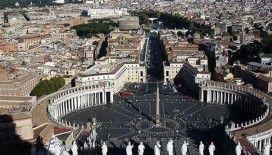 Vatikan'da bir kardinalin Covid-19 testi pozitif çıktı