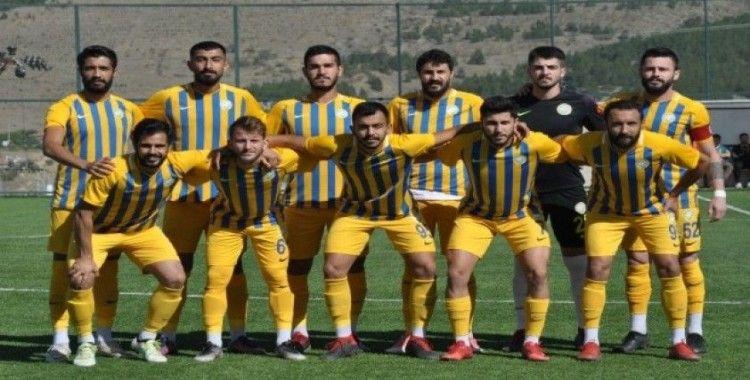 Talasgücü Belediyespor 6 kırmızı, 52 sarı kartı gördü